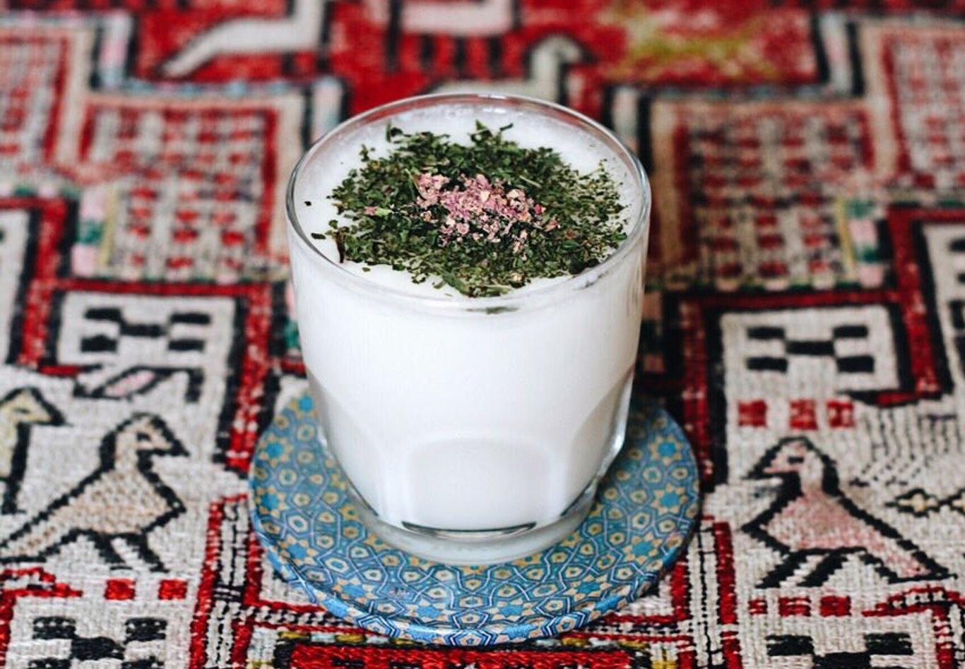 How to make yogurt drink persian